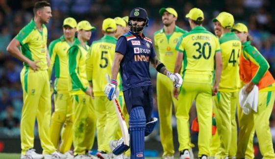دوسرا ون ڈے: بھارت کو پھر شکست، آسٹریلیا 51 رنز سے میچ اور سیریز کا فاتح