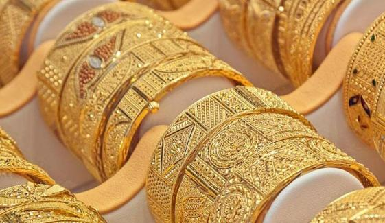 ایک تولہ سونے کی قیمت 1600 روپے بڑھ گئی