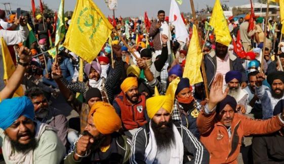 بھارت میں کسانوں کے احتجاج کا ساتویں روز بھی جاری