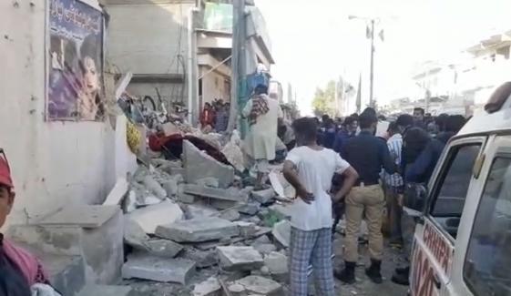 کراچی: سلنڈر دھماکا، عمارت گرگئی، 1جاں بحق