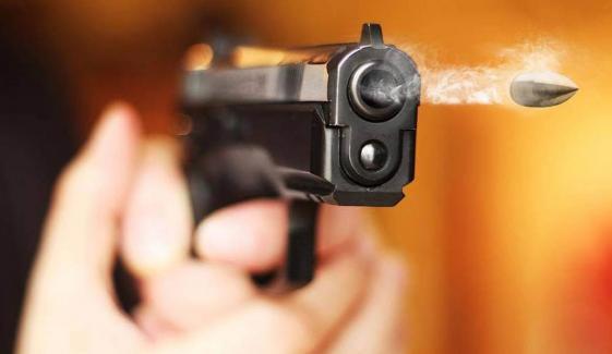 حافظ آباد: ناراض بھائی کی بہن کی مہندی میں فائرنگ، دلہن جاں بحق