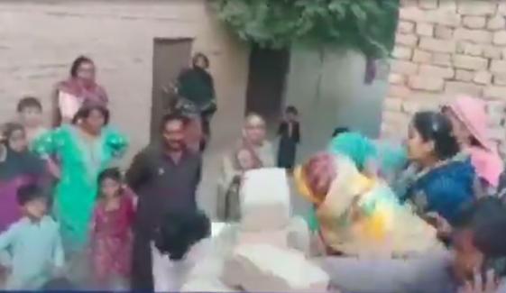خان پور میں مکان پر قبضے کی کوشش، اہل خانہ پر تشدد