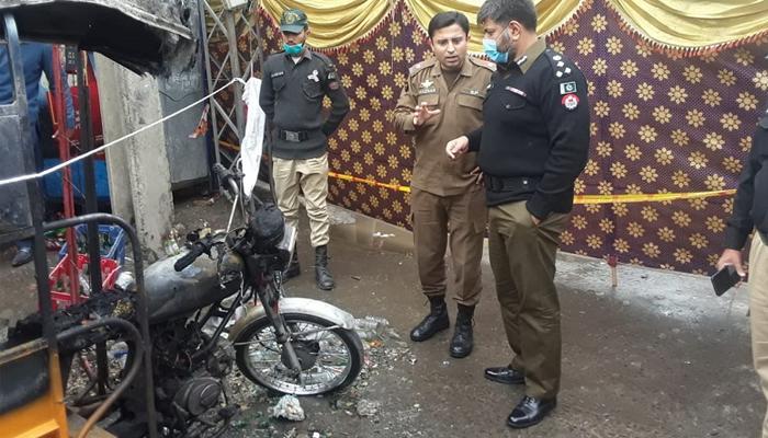 راولپنڈی: رکشے میں دھماکا، 1شخص جاں بحق، 7 زخمی