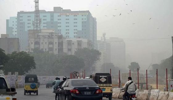کراچی کا موسم خشک اور رات سرد رہنے کا امکان