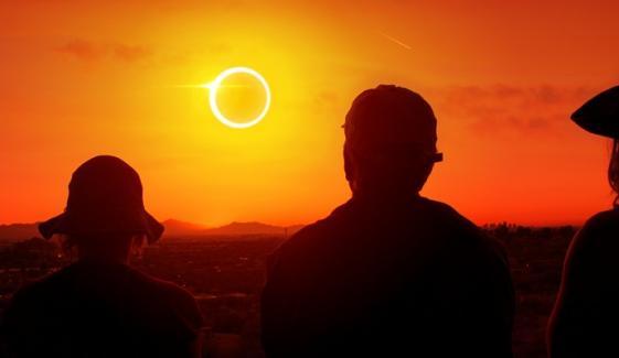 سال کا آخری سورج گرہن کب ہوگا؟