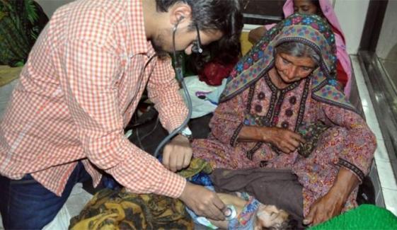 تھر: زہر خوانی سے انتقال کرجانے والے بچوں کی تعداد 4 ہوگئی