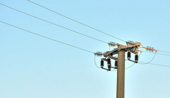 لیہ: شامیانے کا پول بجلی کی مین لائن سے ٹکرا گیا، 3 مزدور جاں بحق