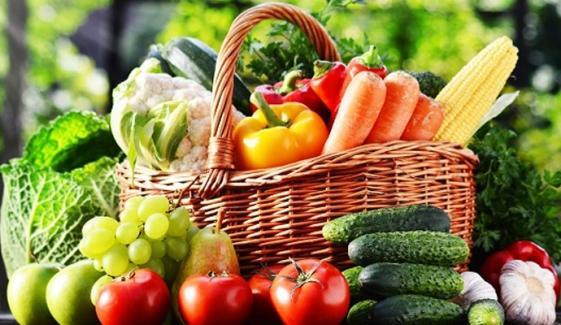 سبزی اور پھل کھانے سے شوگر سے کتنا بج سکتے ہیں؟