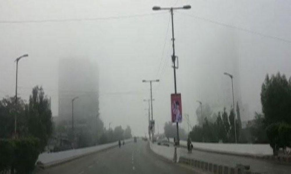 کراچی میں پھر دھند کے ڈیرے