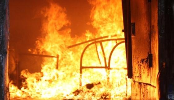ملتان: مہندی والے دن گھر میں آگ لگنے سے دو لڑکیوں کا جہیز جل گیا