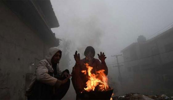 پنجاب کے مختلف شہروں میں بارش کے باعث سردی میں اضافہ