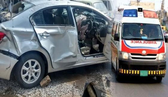 رحیم یارخان: موٹر وے پر بس، ٹریلر ،کار میں تصادم، 4 افراد جاں بحق