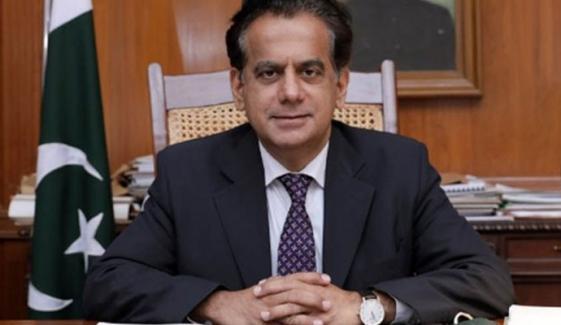 ایڈمنسٹریٹر بلدیہ عظمیٰ کراچی افتخار شالوانی کو عہدے سے ہٹادیا گیا