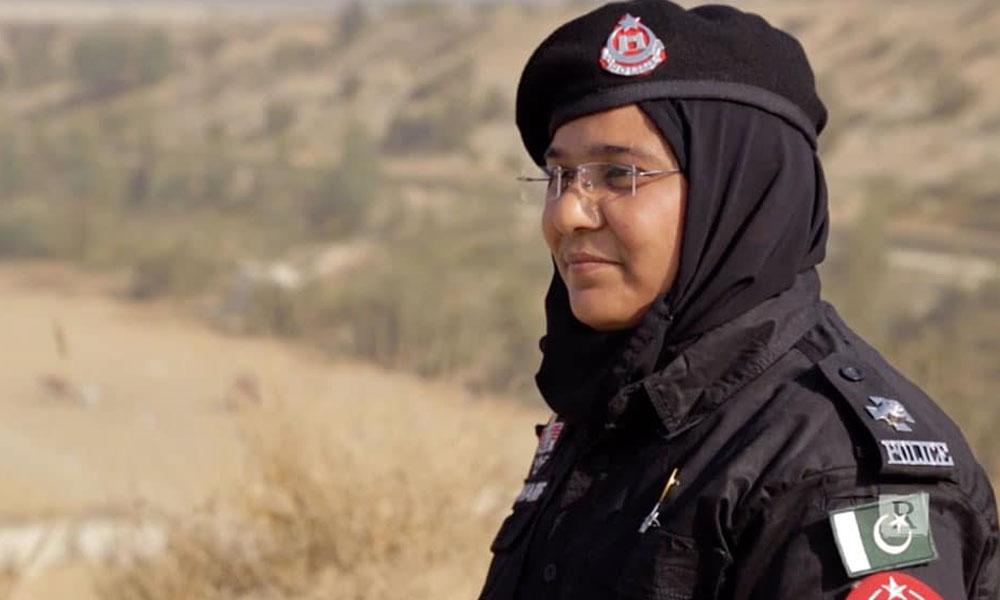 خیبر پختونخواہ کی خاتون پولیس آفیسر کا بڑا کارنامہ