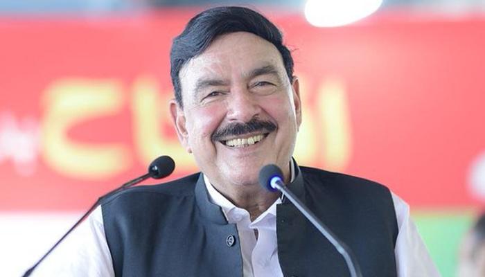 آپ وزیر داخلہ بننے کے مستحق تھے،  شیخ رشید سے امارتی وزیر کی گفتگو