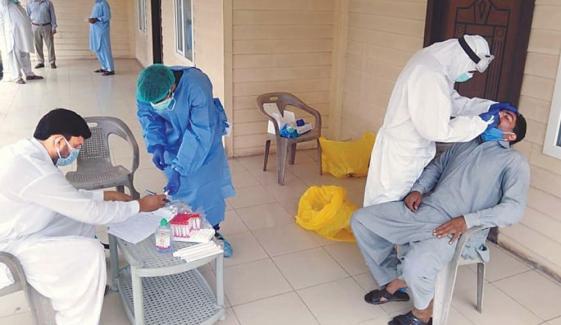 فیصل آباد میں کوروناوائرس مزید 3 جانیں لے گیا