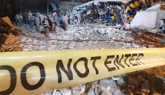 نیو کراچی آئس فیکٹری دھماکے میں ہلاکتیں 10 ہوگئیں