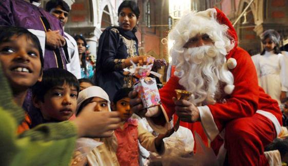 فیصل آباد، 300 سے زائد گرجا گھروں میں دعائیہ تقریبات