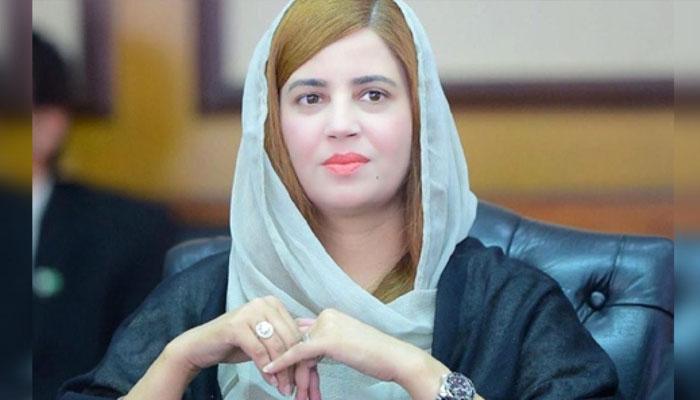 کوہلی کا عمران خان سے مقابلہ غیر منصفانہ ہے، زرتاج گل