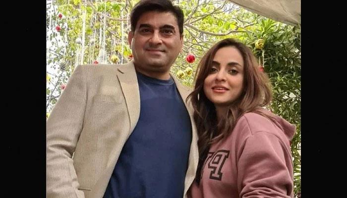 نادیہ خان کے شوہر 'ہیرو' قرار