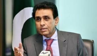 پی ٹی آئی بھی مردم شماری پر ایم کیو ایم فیصلے سے متفق ہے، خالد مقبول