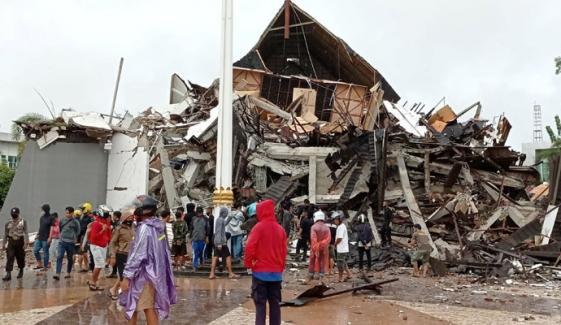 انڈونیشیا: زلزلے میں اموات کی تعداد 73 ہوگئی