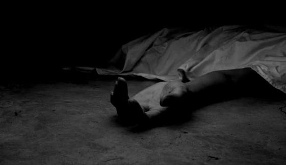 بچے کو بد فعلی کے بعد جلا کر قتل کیا گیا: والدین