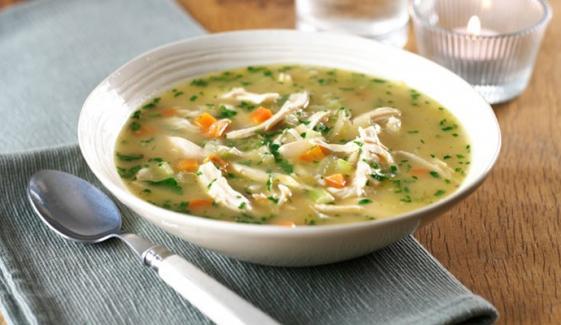 موسم سرما میں 'چکن سوپ' پینے کے کرشماتی فوائد