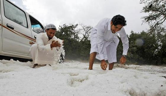 سعودی عرب: درجہ حرارت میں غیر معمولی کمی کا امکان