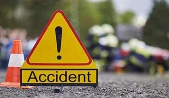 لاہور: ڈمپر کی ٹکر سے 2 موٹر سائیکل سوار ہلاک