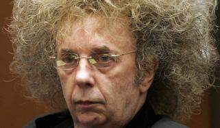 گیت نگار اور موسیقار فل سپیکٹر جیل میں چل بسے