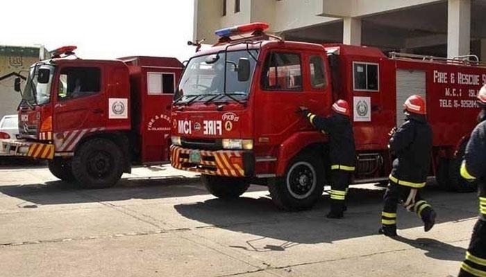 کراچی: فائر بریگیڈ کی ہیلپ لائن تاحال خراب