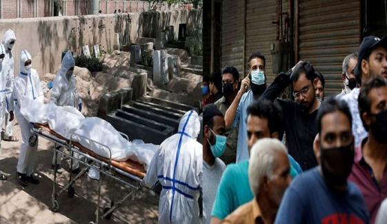 پاکستان: کورونا وائرس سے اموات 11 ہزار 55 ہو گئیں