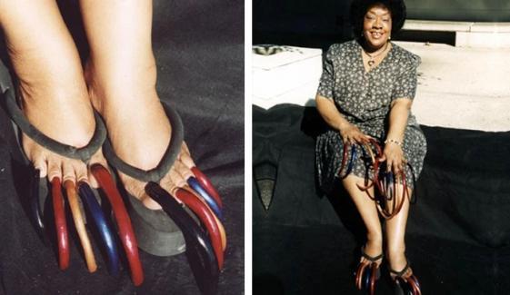 30 سال سے ہاتھ پاؤں کے ناخن نہ کاٹنے والی خاتون