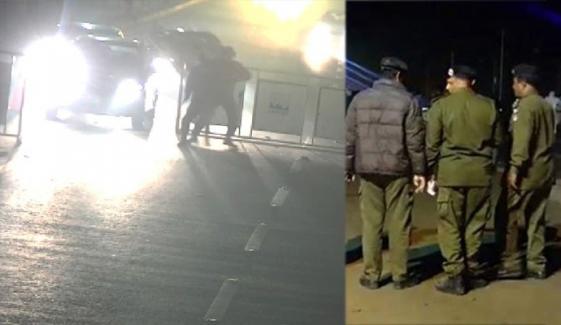 فیصل آباد، کار نہ روکنے پر پولیس فائرنگ سے 3 افراد جاں بحق