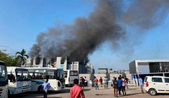 بھارت: کورونا ویکسین بنانے والی فارمیسی فیکٹری میں آتشزدگی، 5 افراد ہلاک