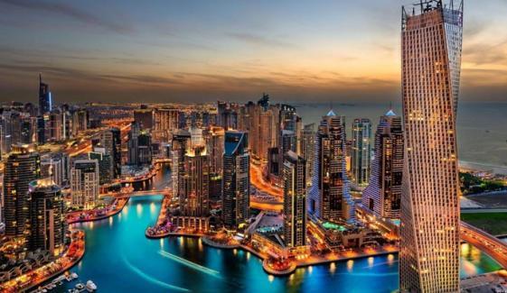 دبئی: ہوٹلوں اور ریستورانوں میں تفریحی سرگرمیاں بند