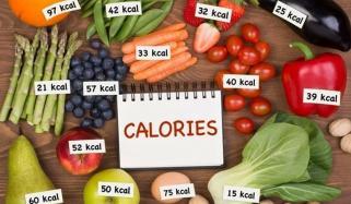 ایک دن میں کس کو کتنی کیلوریز کی ضرورت ہوتی ہے؟