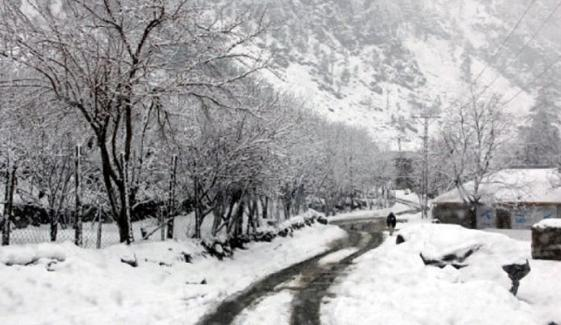 بالائی علاقوں میں برف باری کا نیا سلسلہ شروع