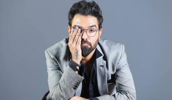 انگریزی کو'کُول'، اردو کو جہالت بنانے والے ہم ہی ہیں: یاسر حسین