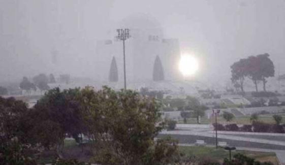 کراچی میں اتوار کو درجہ حرارت 10 ڈگری تک جانے کا امکان