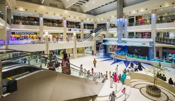 کراچی، معروف شاپنگ مال میں چور خواتین سر گرم
