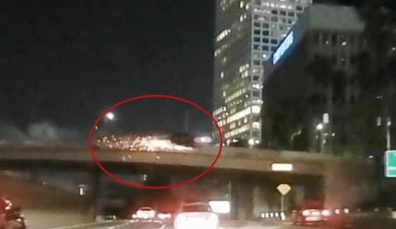 گاڑی کے پل سے نیچے گرنے کے خوفناک مناظر