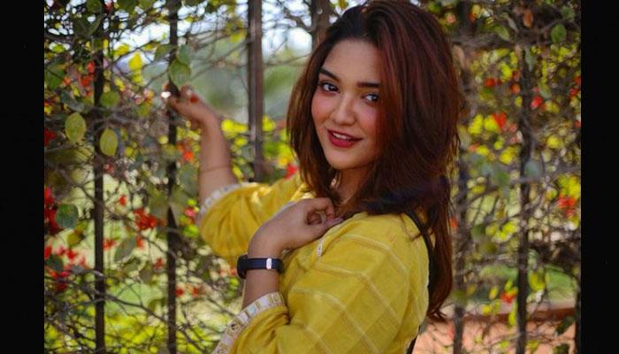 ٹک ٹاک اسٹار رومیسہ خان کس اداکار کی بیٹی ہیں؟
