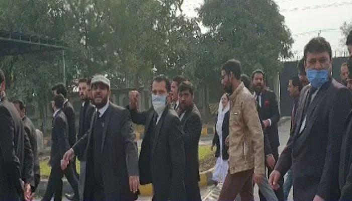 اسلام آباد ہائیکورٹ پر حملہ کرنے والے وکلاء کے خلاف مقدمہ درج