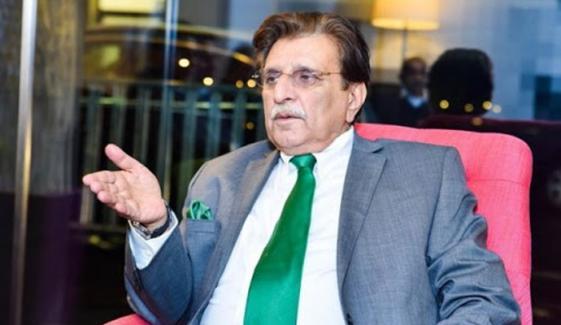 ملک میں سیاسی کارکن کوئی نہیں سب لیڈر بنے ہوئے ہیں، راجا فاروق حیدر