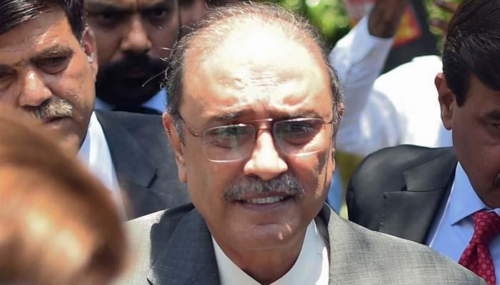 عمران خان عوام کے استحصال کے سوا کچھ نہیں کر سکتے، آصف زرداری