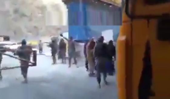 داسو ڈیم پراجیکٹ کے سیکیورٹی اہلکاروں کی فائرنگ کیخلاف دھرنا موخر