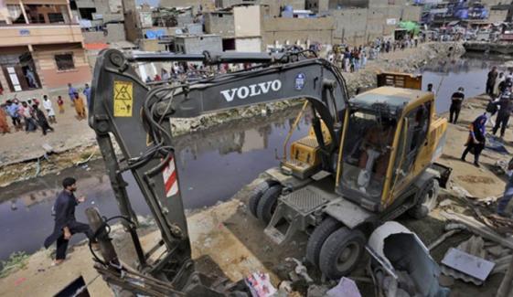 گجر نالے کو ماڈرن نالہ بنانے کیلئے انسداد تجاوزات آپریشن کا تیسرا دن
