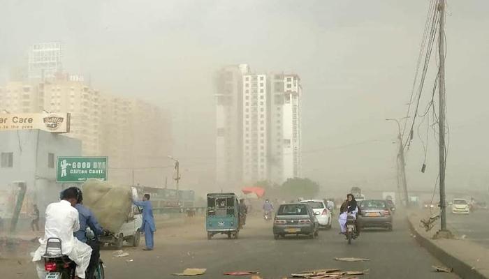 آج کراچی کی فضامضرصحت ہے